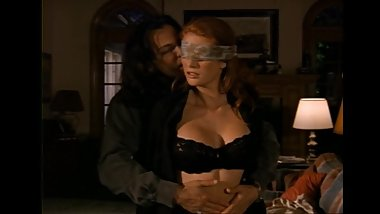 Celebrity Angie Everhart gets kinky in Sexual Predator (2001)