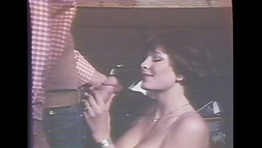 Hot Chick Blows John Holmes 13 inch Cock