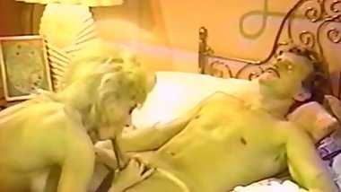 Blonde pussy licked and diddled